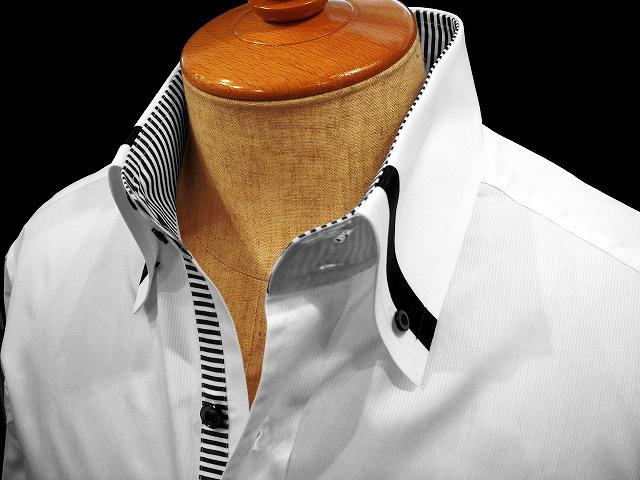 スーツも何で着てるんだかわからないんだから、シャツくらい自由に着させてくれよ