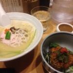 銀座 篝 鶏白湯SOBAと焼きごはん&ふき味噌&明太子 行列は短くても1時間くらい待ち